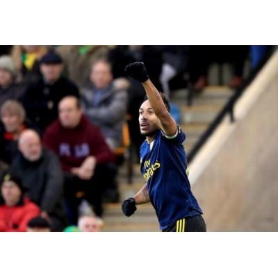 Premier League-Aubameyang dobbelt-scorede Arsenal 2 grader bag 2-2 uafgjort 6 sejre