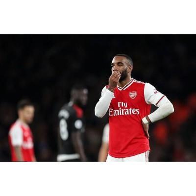 Arsenal-angriberen bliver fanget igen med latter og arresteret for anden gang på 18 måneder