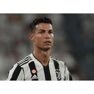 Cristiano Ronaldo har bedt Juventus -holdkammerater om at forlade holdet